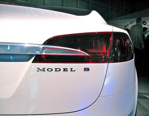 Как порулить Tesla Model S, не заплатив $70 тыс.?