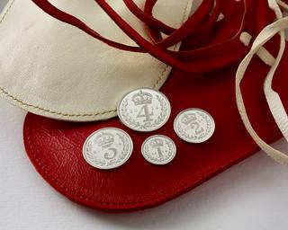 2014 maundy money pouch