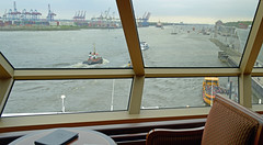 Hamburg - Queen Elizabeth - London