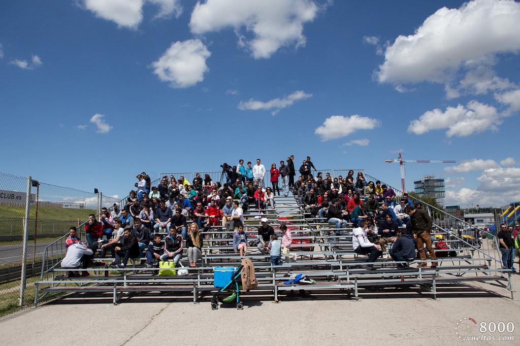 8000vueltas experiences MICHELIN Pilot Sport Cup 2 – Paddock