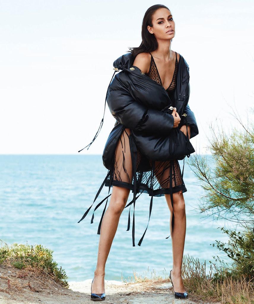 Джоан Смоллс — Фотосессия для «Harper's Bazaar» ES 2016 – 6
