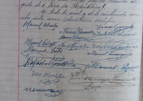 """Y al grito de """"¡Viva la República!"""", firmaron los padres de la República en Porcuna"""