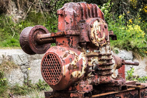 Old Machinery - Killiney beach (Beside The Old Tea Rooms) by infomatique