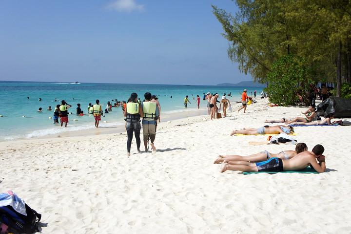 typicalben phi phi island 12