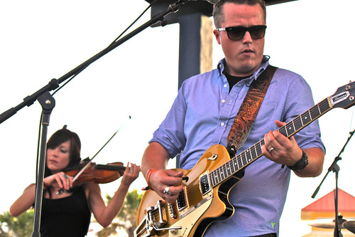 Amanda Shires, Jason Isbell play