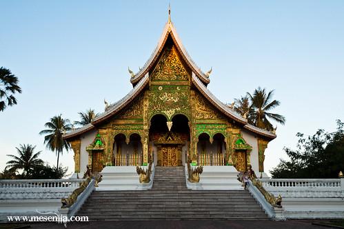 Colors daurats i verd de la façana del Royal Palace Museu de Luang Prabang