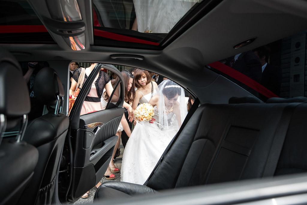 wedding0504-182.jpg