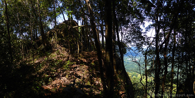 31 Bukit Serumbu Panorama of Peak Rock