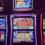 Viikon suurin jackpot voitettiin 16.5. klo 02.30 automaatista nro. 374, voittosumma 34460€. #viikonjackpot #casinohelsinki #kasinopelit #jackpot #slotsmachines #casino