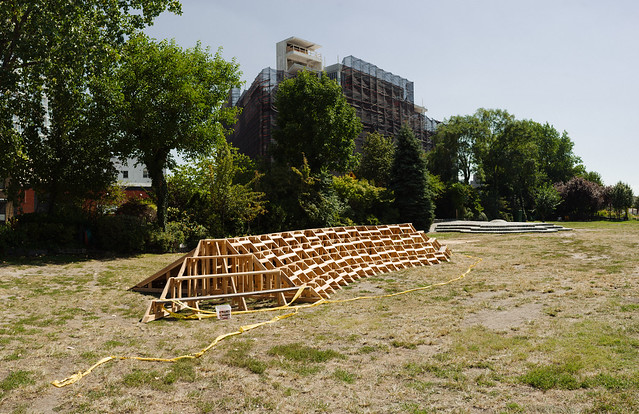 Socrates sculpture park eaf16 installation in progress