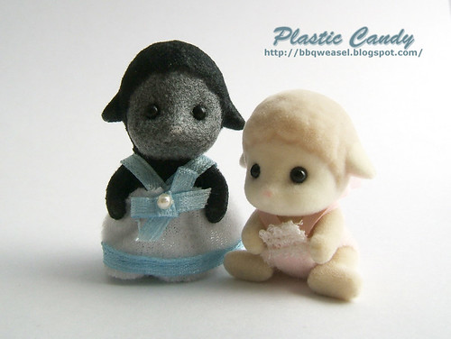 Black sheep and original Sylvanian sheep