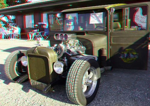 stereoscopic stereophoto 3d anaglyph iowa stereo carshow onawa redcyan 3dimages 3dphoto 3dphotos 3dpictures stereopicture graffitinights