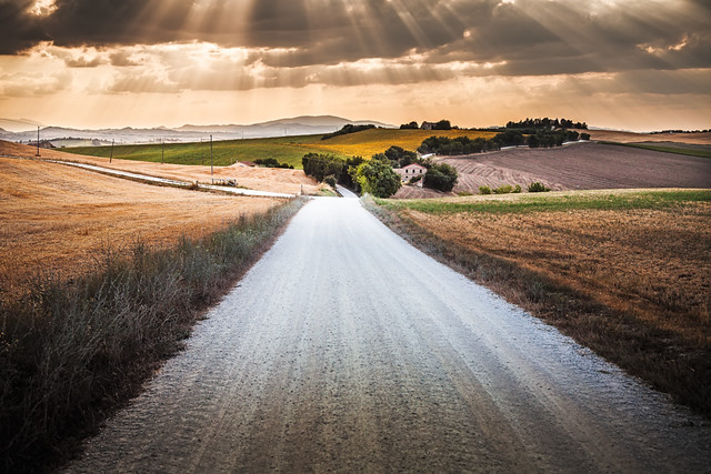 Italy / Landscape / waves of light