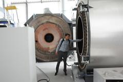 steam engine(0.0), drums(0.0), drum(0.0), aircraft engine(0.0), skin-head percussion instrument(0.0), machine(1.0), boiler(1.0),