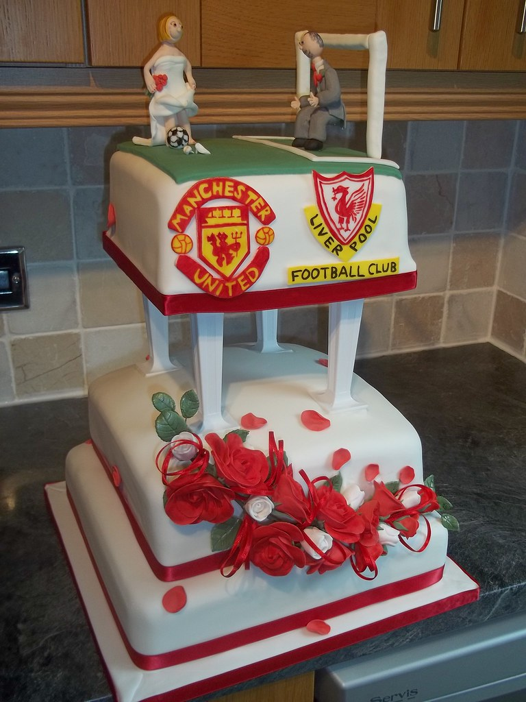 Football Wedding Cake 3 Tier Wedding Cake With Personalise Flickr