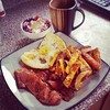 This, #gastropost, is how I do a nice healthy brunch, homemade sweet potato fries, eggs, chicken bacon, and berries with cottage cheese and peanut butter. Good fuel to bike the Humber river valley later.