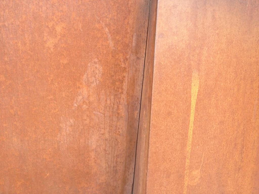 newmarket sc05 detail rust