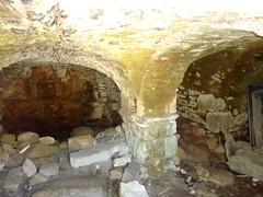 Sous-sol d'une habitation ruinée d'Occi