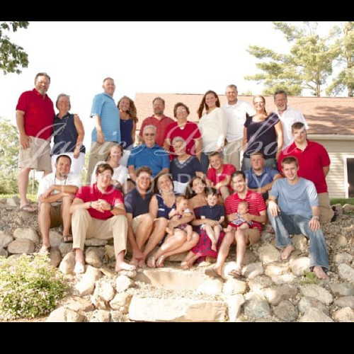 Westveer family photo (my mom's side) @kathynorberg #familyvacation2013 #lakehousefun #michigan
