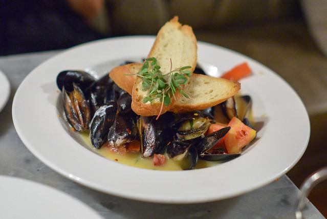 mussels + beer + chorizo