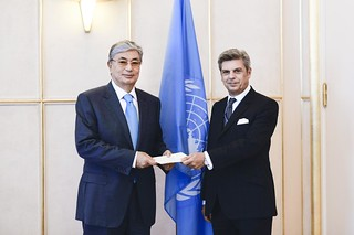NEW PERMANENT REPRESENTATIVE OF ITALY PRESENTS CREDENTIALS TO DIRECTOR-GENERAL OF UNITED NATIONS OFFICE AT GENEVA
