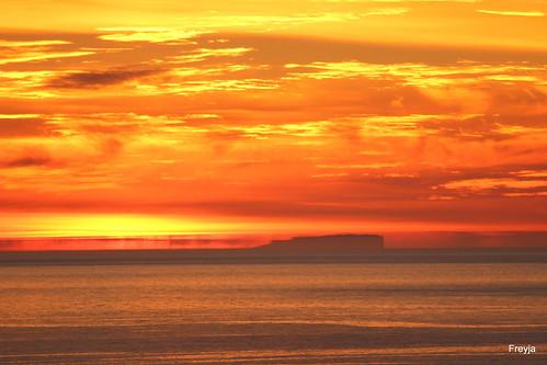 sunset iceland arcticcircle húsavík sólarlag grímsey