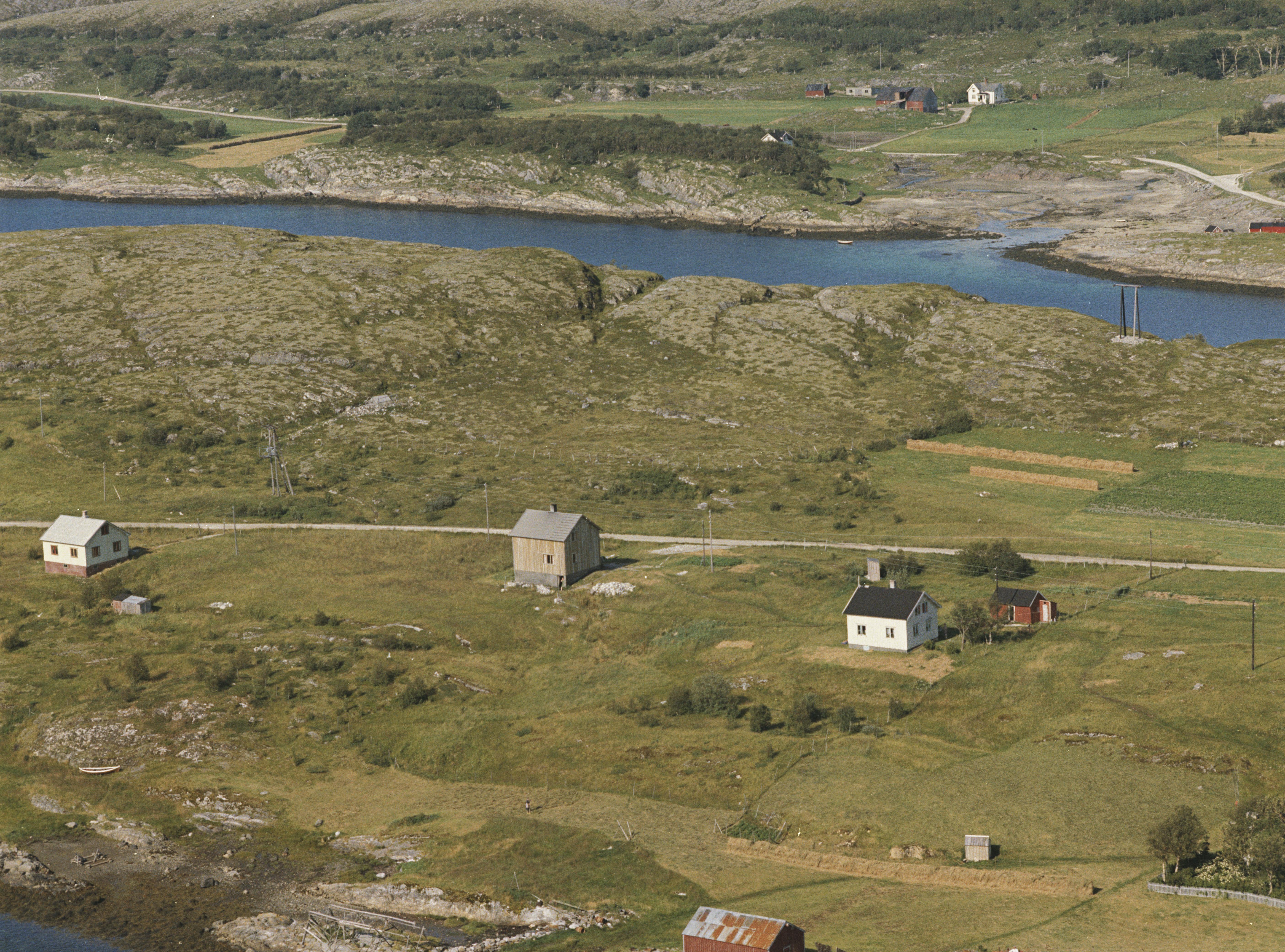 143115  Breistrand og Høla
