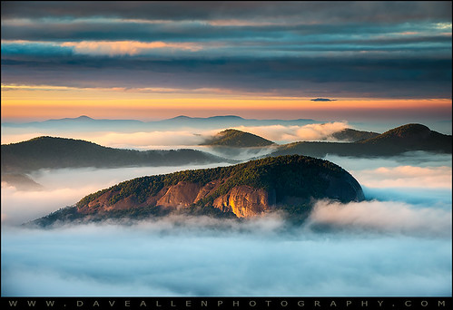 lookingglassrock blueridgeparkway northcarolina nc mountains wnc landscape photography asheville brevard sunrise outdoors nature scenic appalachians outdoorphotographer parkway monolith fog goldenlight
