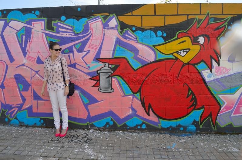 lara-vazquez-madlulablog-fashion-white-look-pink-details