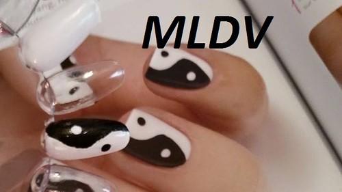 nail art Yin et Yang