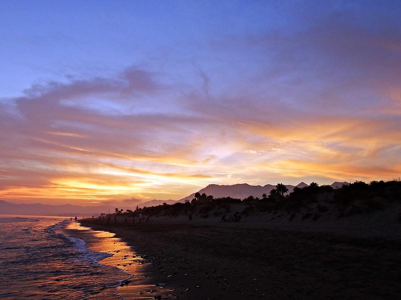 La costa al atardecer
