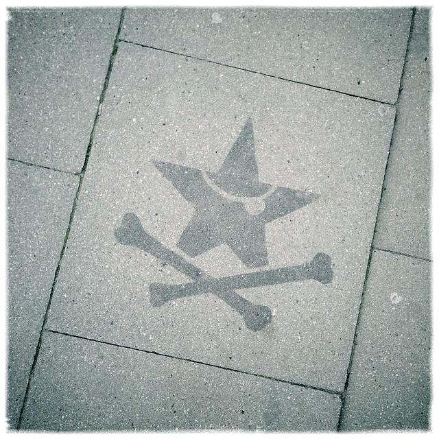 Stencil Los Piratoz