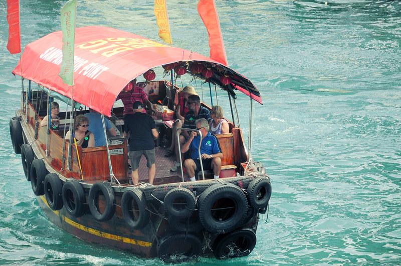 Tourist boat, HK