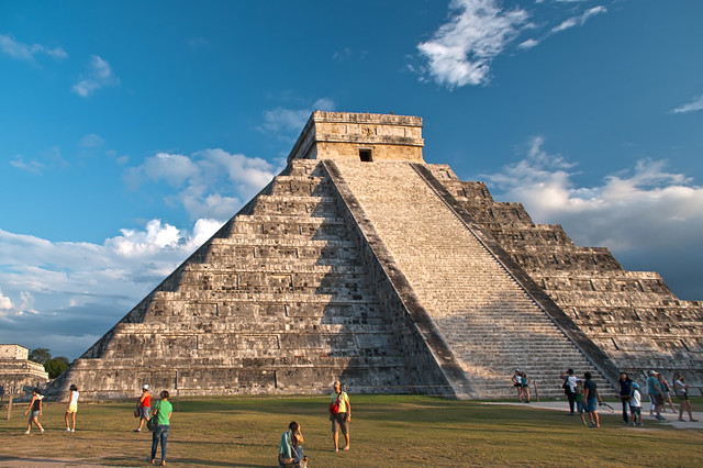 The stepped pyramid of Chichen Itza
