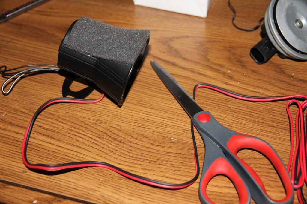 9170757865_3767a0308f_b vwvortex com diy 2010 jetta mkv mk5 alarm siren horn upgrade  at n-0.co