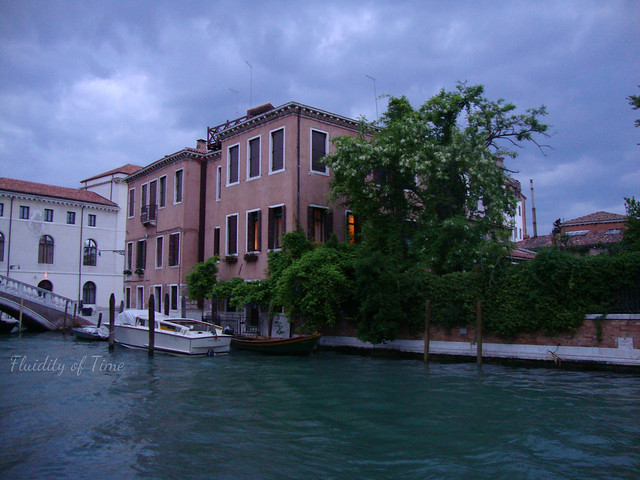 Venice night buildings 1.jpg