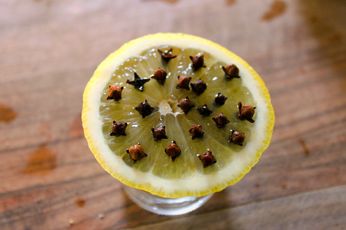 Lemon with cloves against mosquitoes