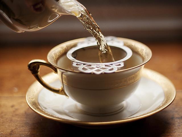 cascading tea.