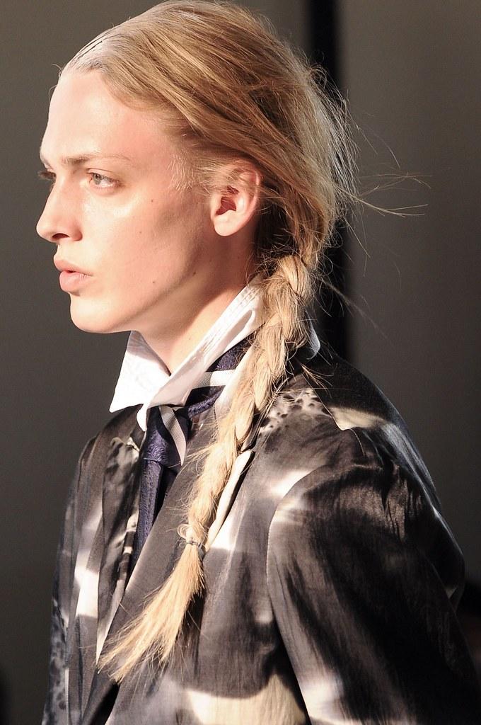 Erik Andersson3156_SS14 Paris Yohji Yamamoto(fashionising.com)