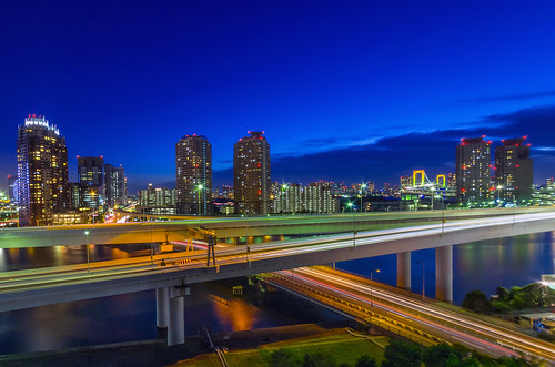 city nightphotography japan night landscape tokyo evening twilight cityscape nightscape nightshot pentax dusk explore 東京 odaiba nightview bluehour daiba 夜景 magichour k5 お台場 ariake 台場 有明 explored 薄暮 pentaxk5