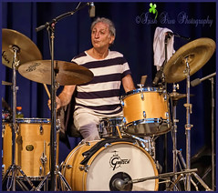 Vince Lupo as Charlie Watts