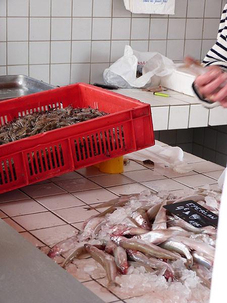 crevettes et éperlans