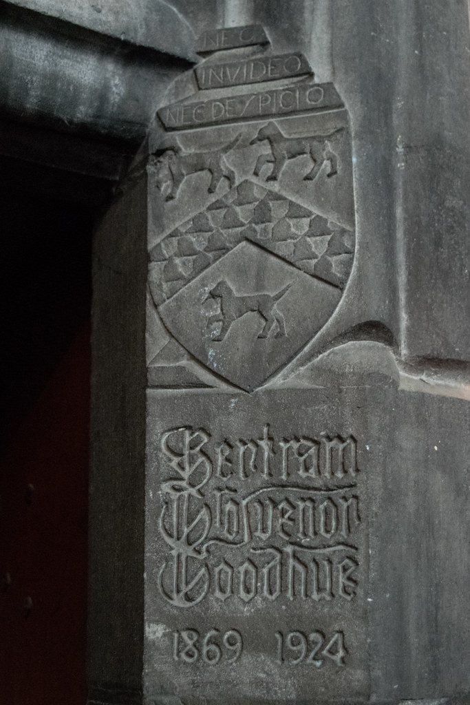 Goodhue Arms   Rockefeller Chapel, University of Chicago