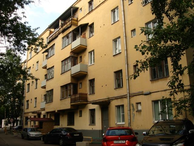 Дом-коммуна на ул. Лестева 01