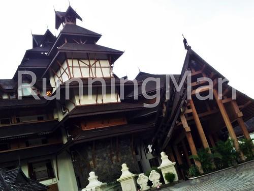 Kandawgyi Palace Hotel 01 - Exterior Facade