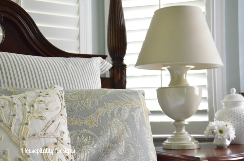 Martha Stewart lamp/with Pottery Barn Bedding