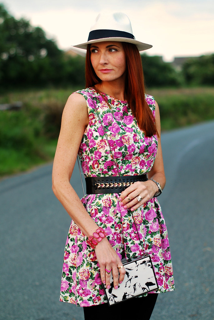 Panama hat & pink floral dress