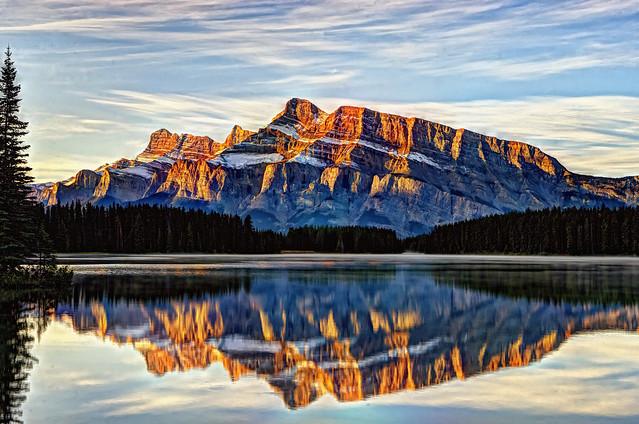 Sunrise on Mount Rundle, Banff