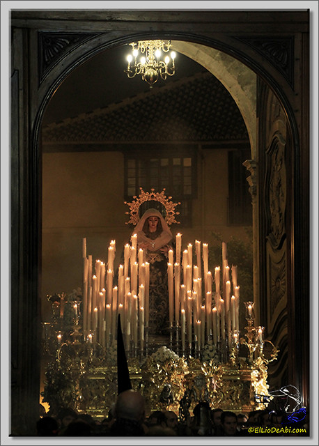 Semana Santa en Málaga. Cofradia de Viñeros (6)