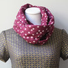 infinity-scarf-in-plum